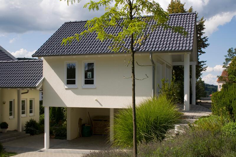 Das Richtige Dach Ist Eine Elementare Sache. Wir Decken Sie Ein U2013 Wie Es  Ihnen Gefällt. Zeitgemäß Und Stilgerecht. Mit Dachkonstruktionen Und  Dachpfannen ...